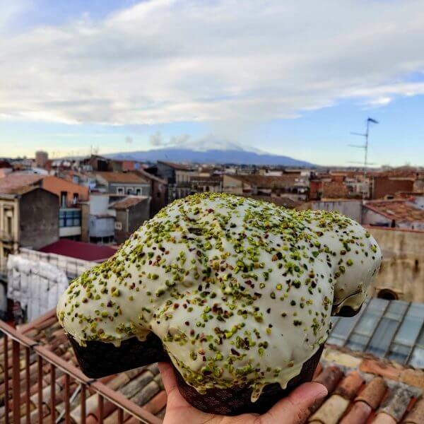 colomba artigianale al pistacchio di bronte dop